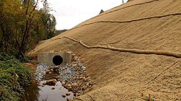 Erosion Control Netting, Straw Blankets